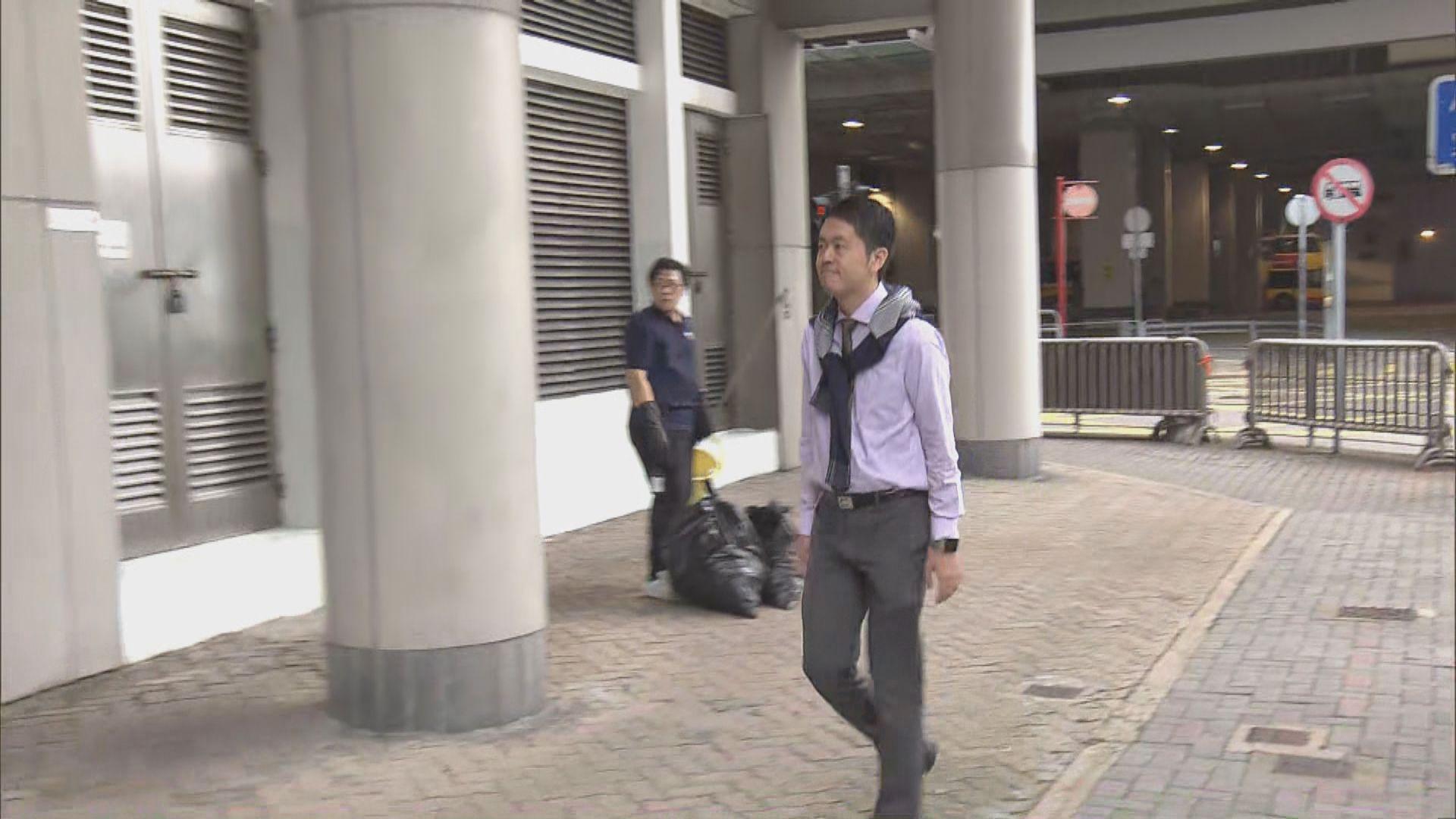 許智峯:搶手機為要阻止違法記錄議員行蹤