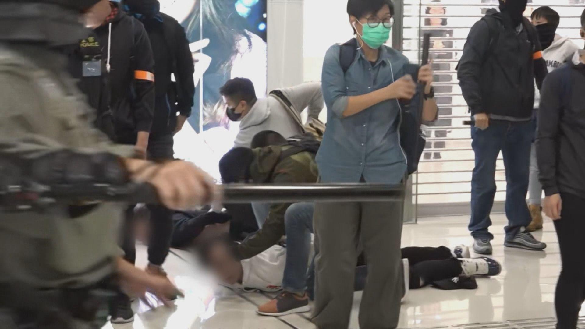 德福廣場和你shop五學生被控襲警 二月再訊