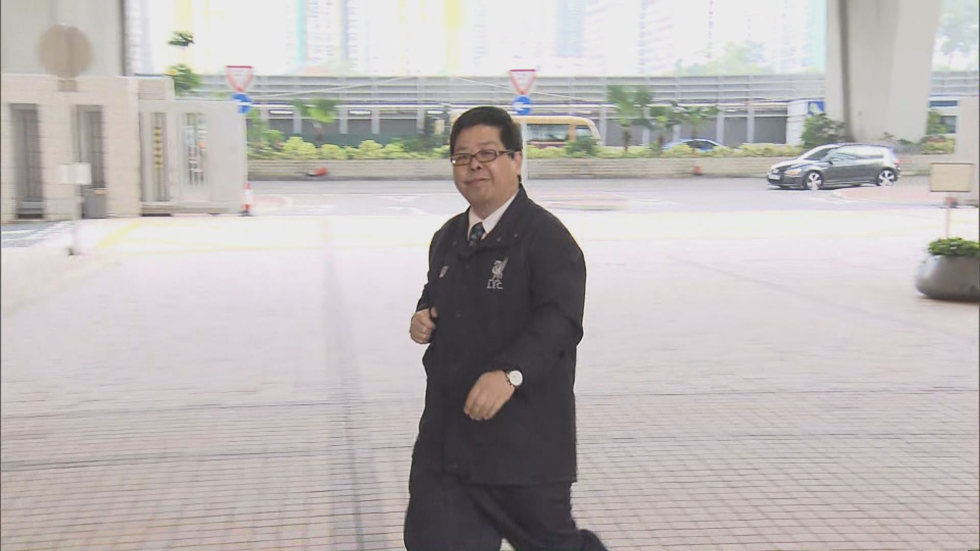 警:追蹤到疑似林子健的人獨自乘往西貢小巴