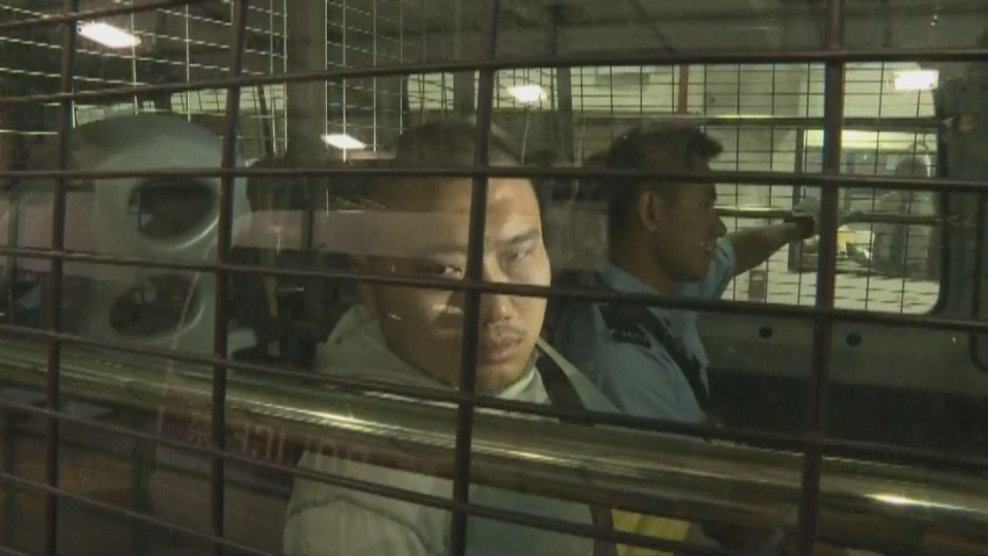 男子涉包圍警總及闖立法會提堂