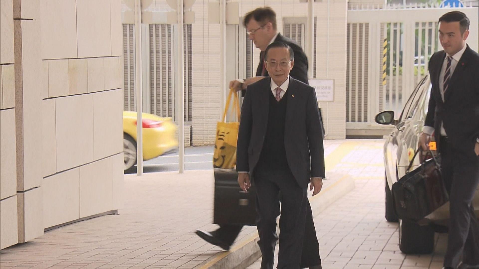潘樂陶被控違反建築物條例表證成立
