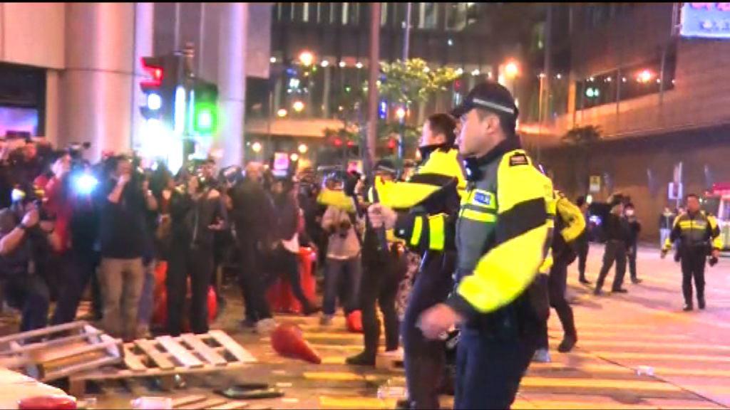 旺角騷亂案控方傳召警員作供