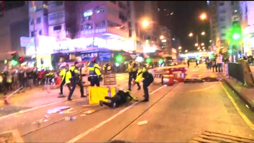 旺角騷亂案 控方:暴徒擊無防暴裝備警員