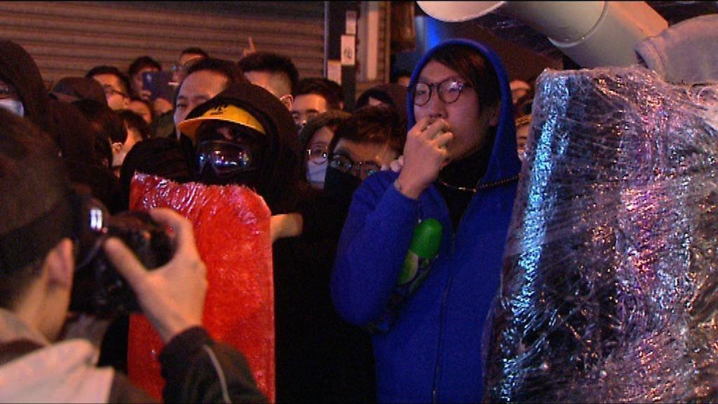 旺角騷亂案 控方傳召拘梁天琦警作供