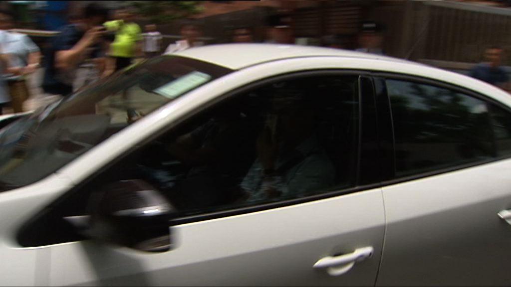 涉打傷港人母女被告沒經地下大堂離法院
