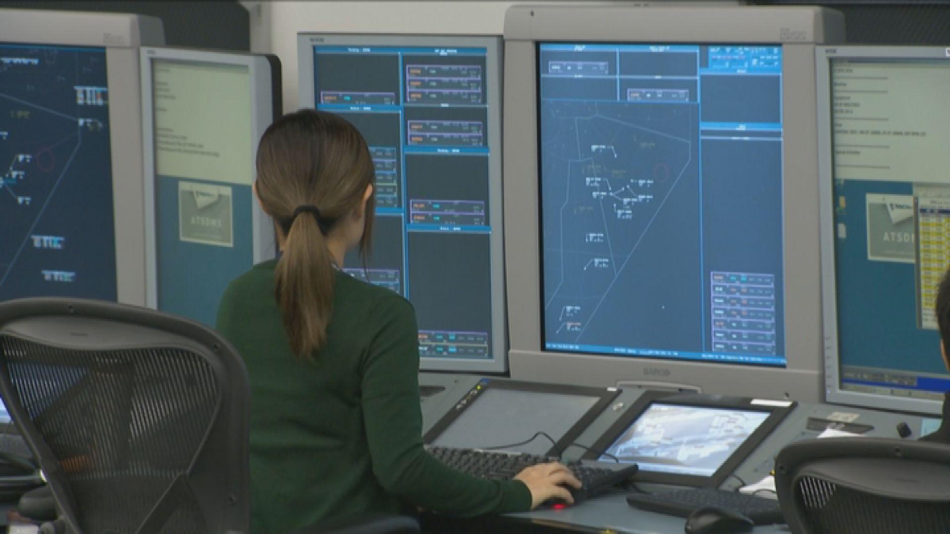 民航處:系統短暫故障沒影響航空安全