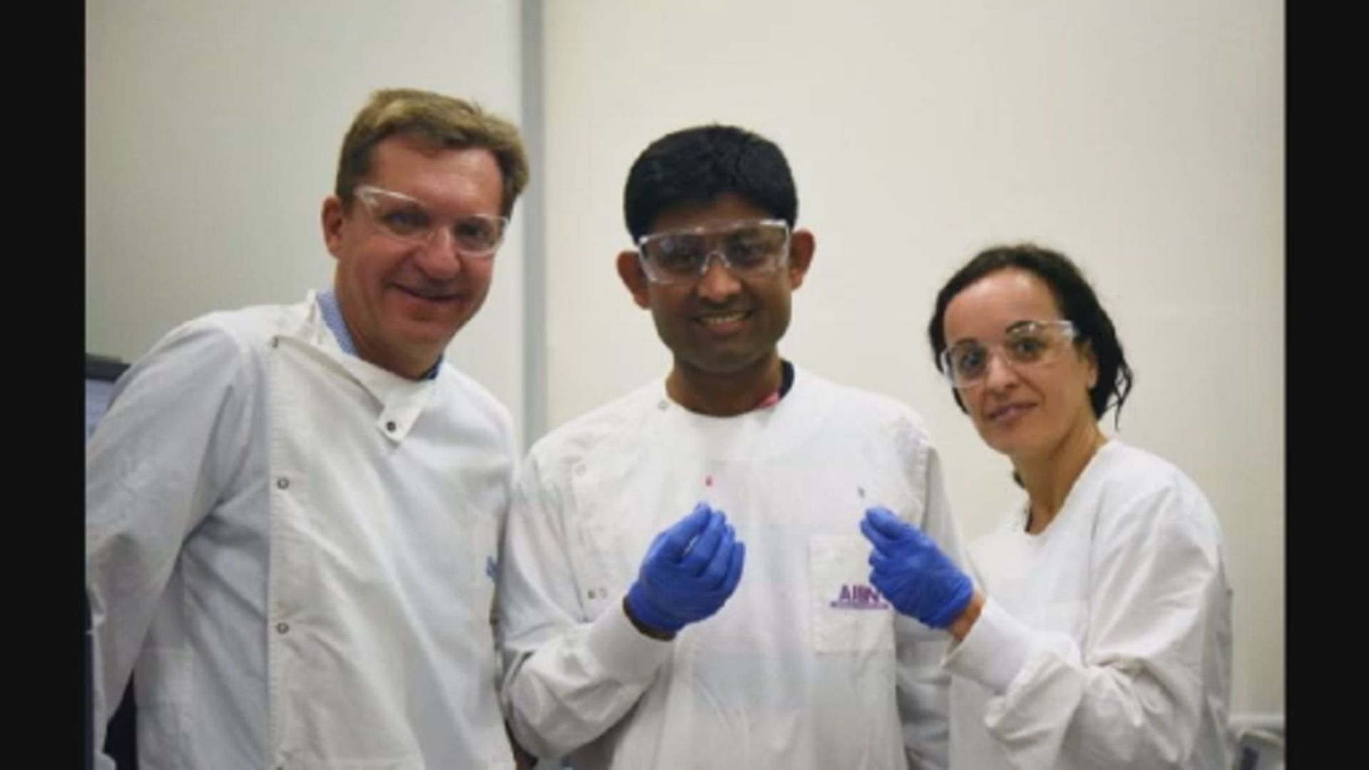 科學家利用納米金溶液快速檢驗癌症