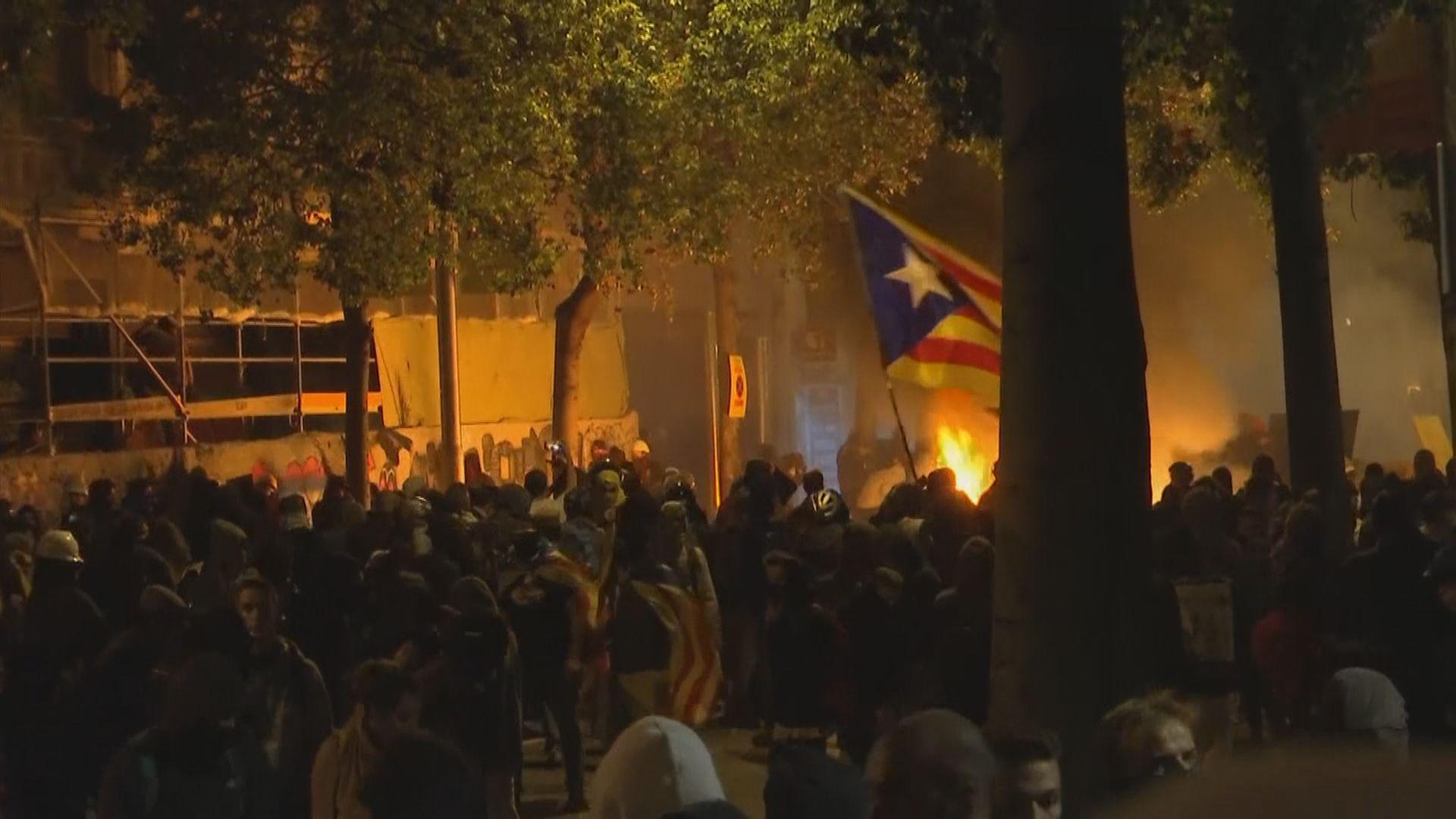 巴塞遊行演變暴力衝突 桑切斯強調絕不姑息暴力