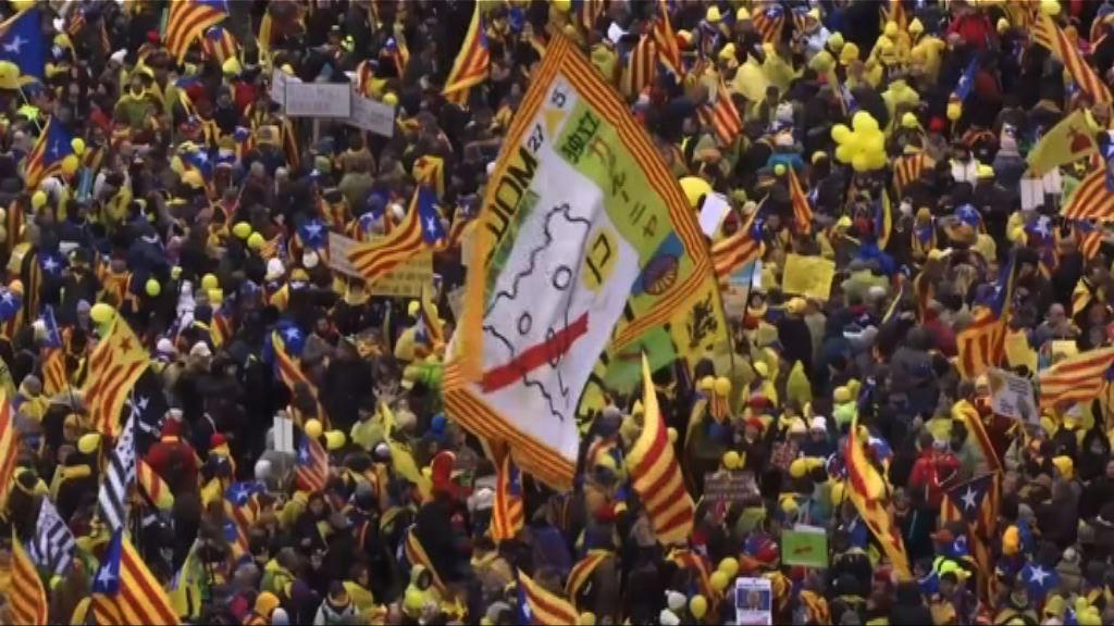 比利時數萬人示威斥歐盟漠視加泰