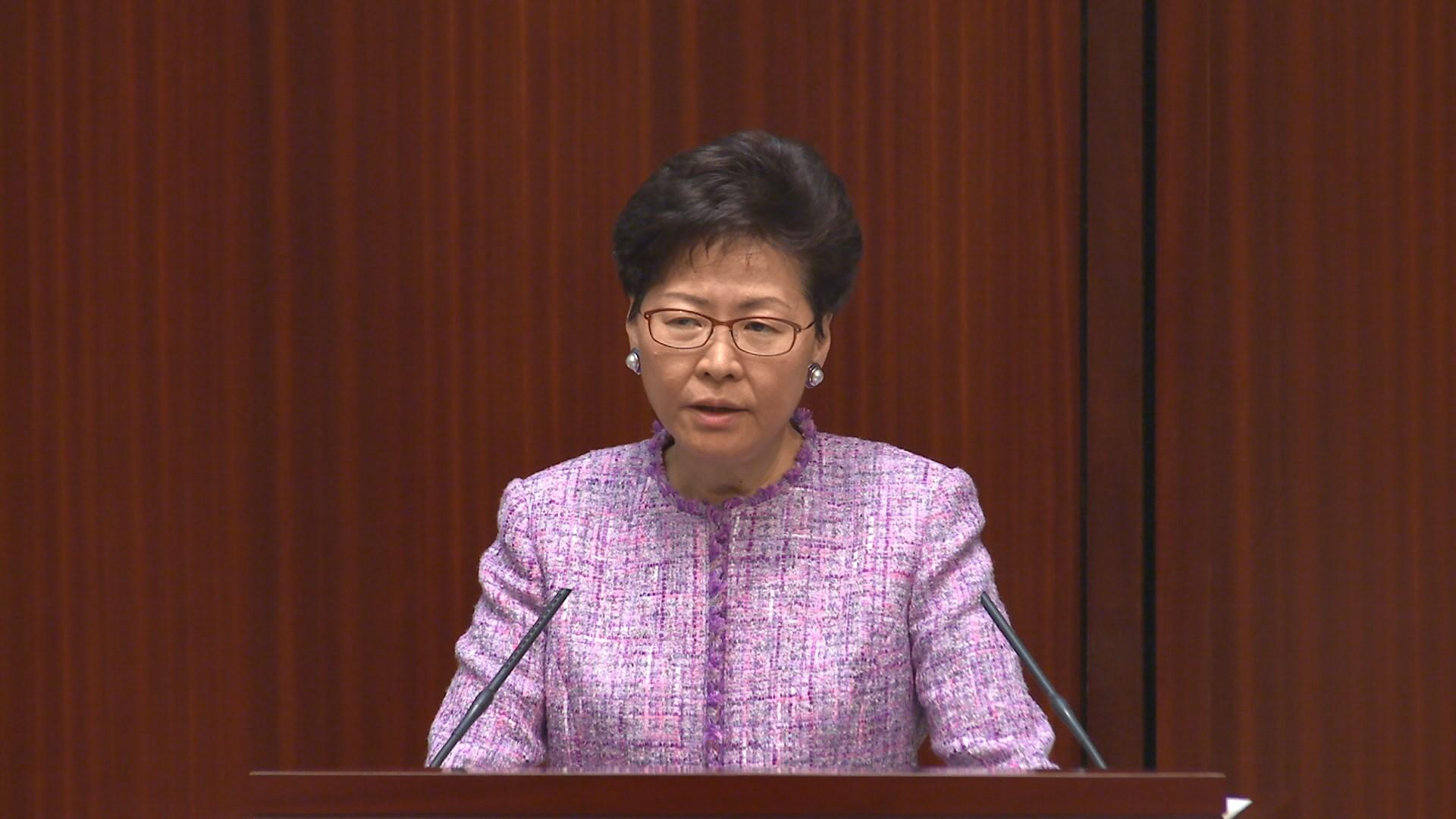 林鄭:引入海外醫生可紓緩公院前線醫生壓力