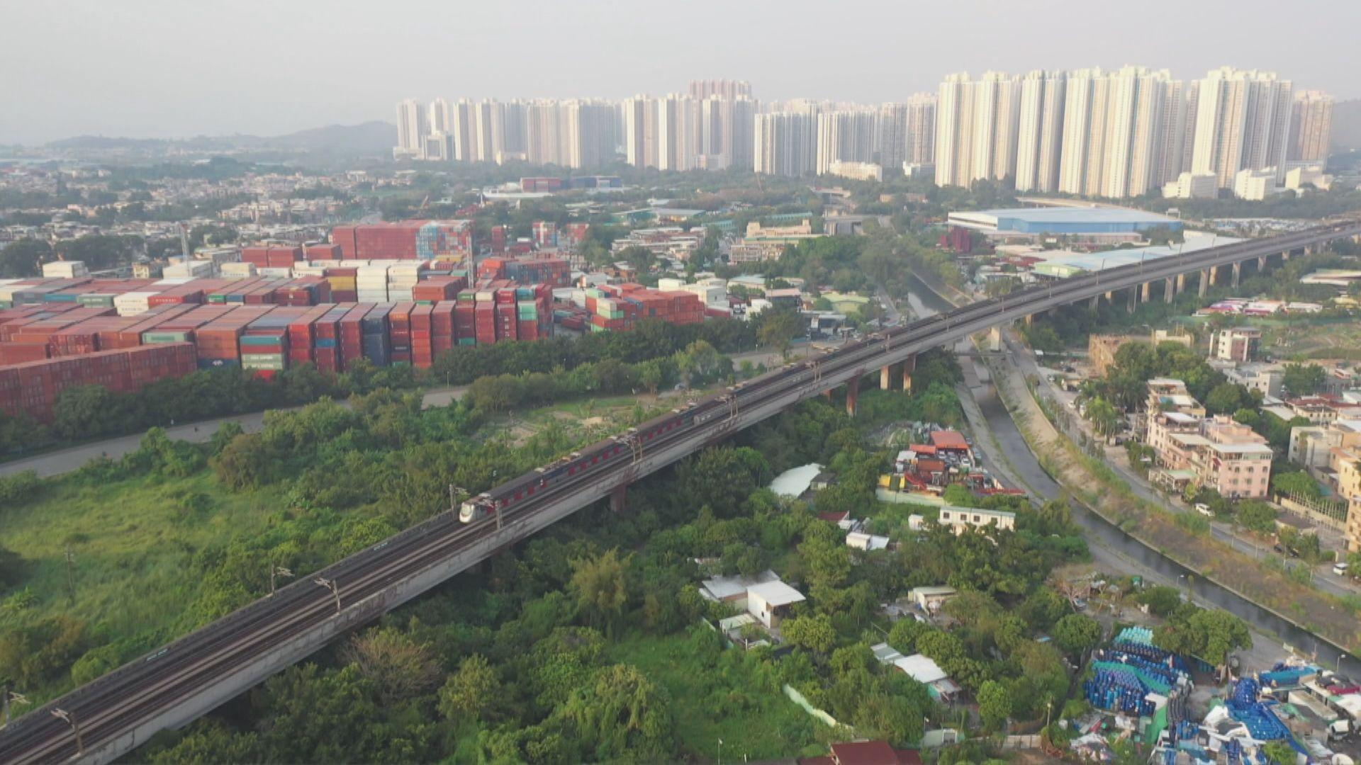 林鄭:繼推增加土地供應工作包括收回發展土地
