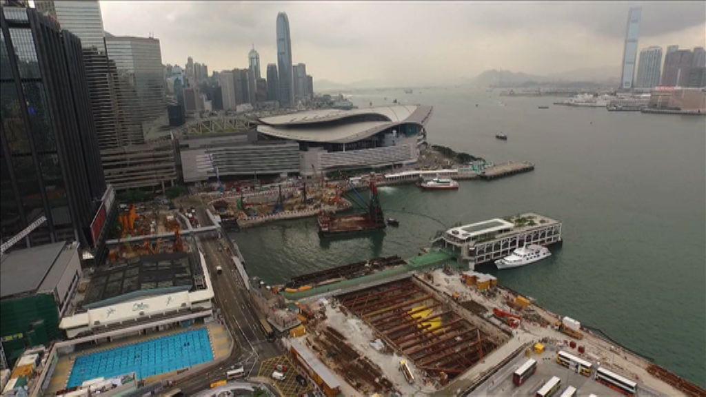 陳茂波:擬於銅鑼灣海濱設水上康樂設施