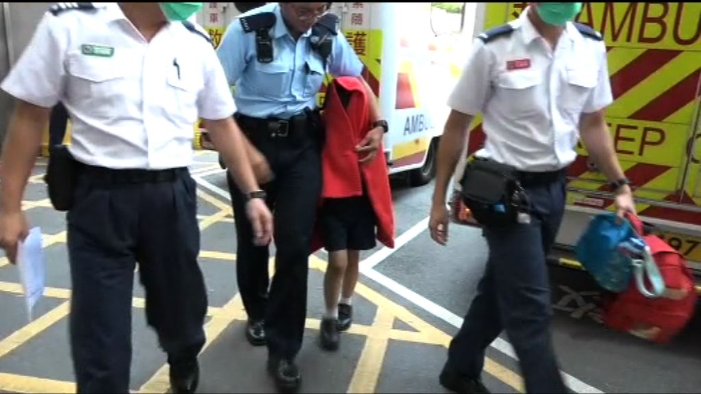 七歲男童疑遭虐待送院