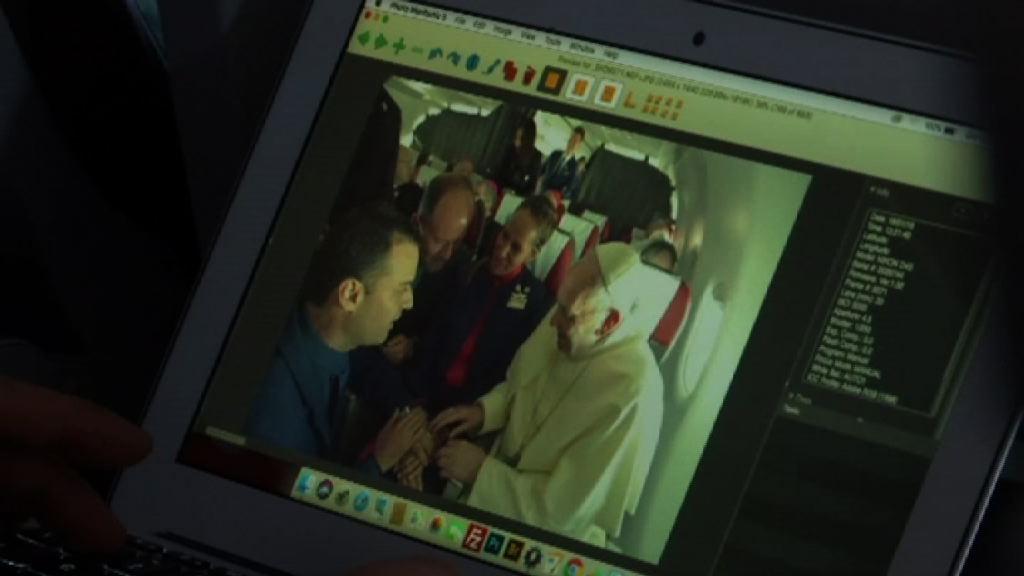教宗為兩名空中服務員主持婚禮