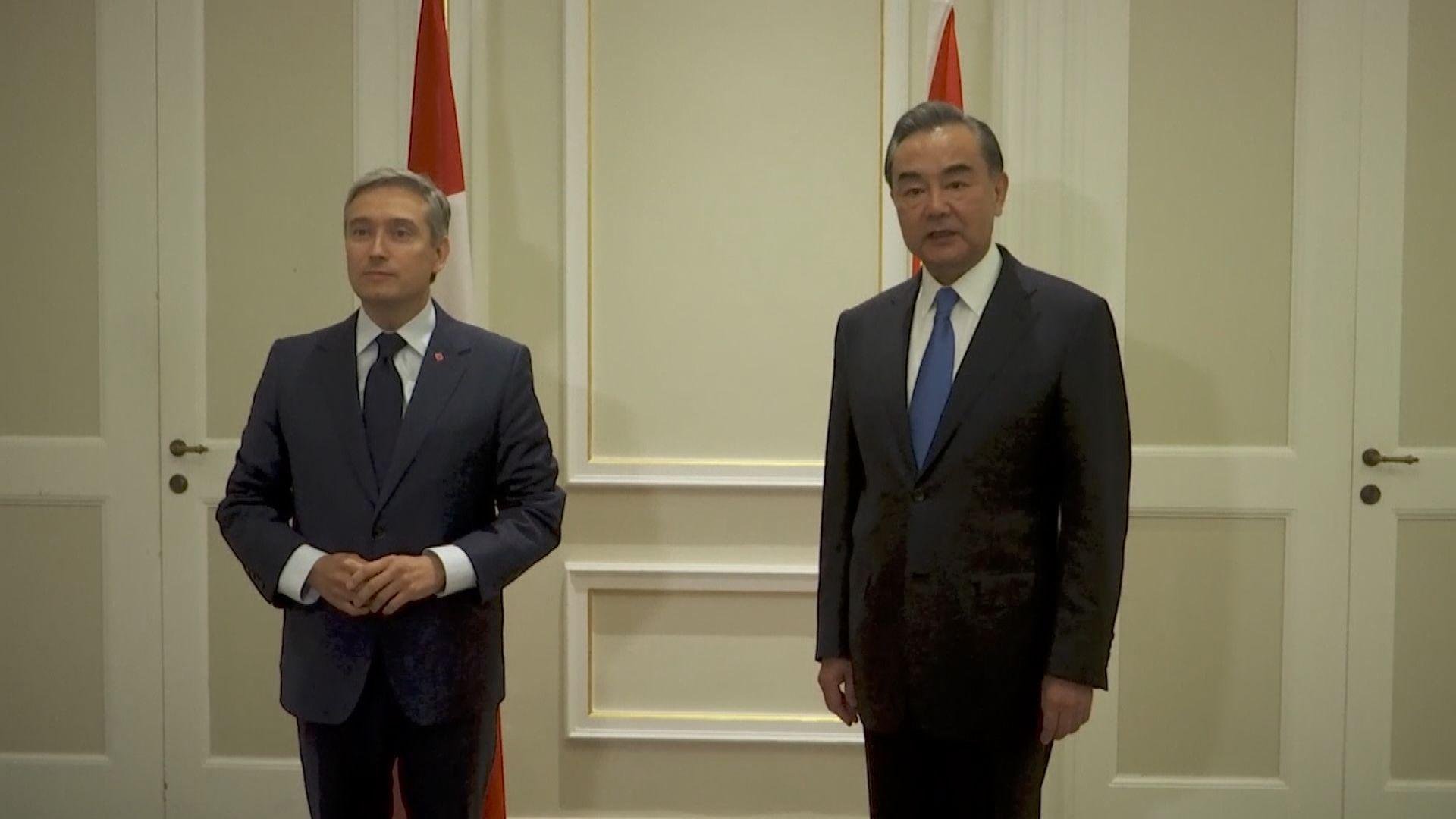 外交部:王毅應加拿大外長邀請與他會面
