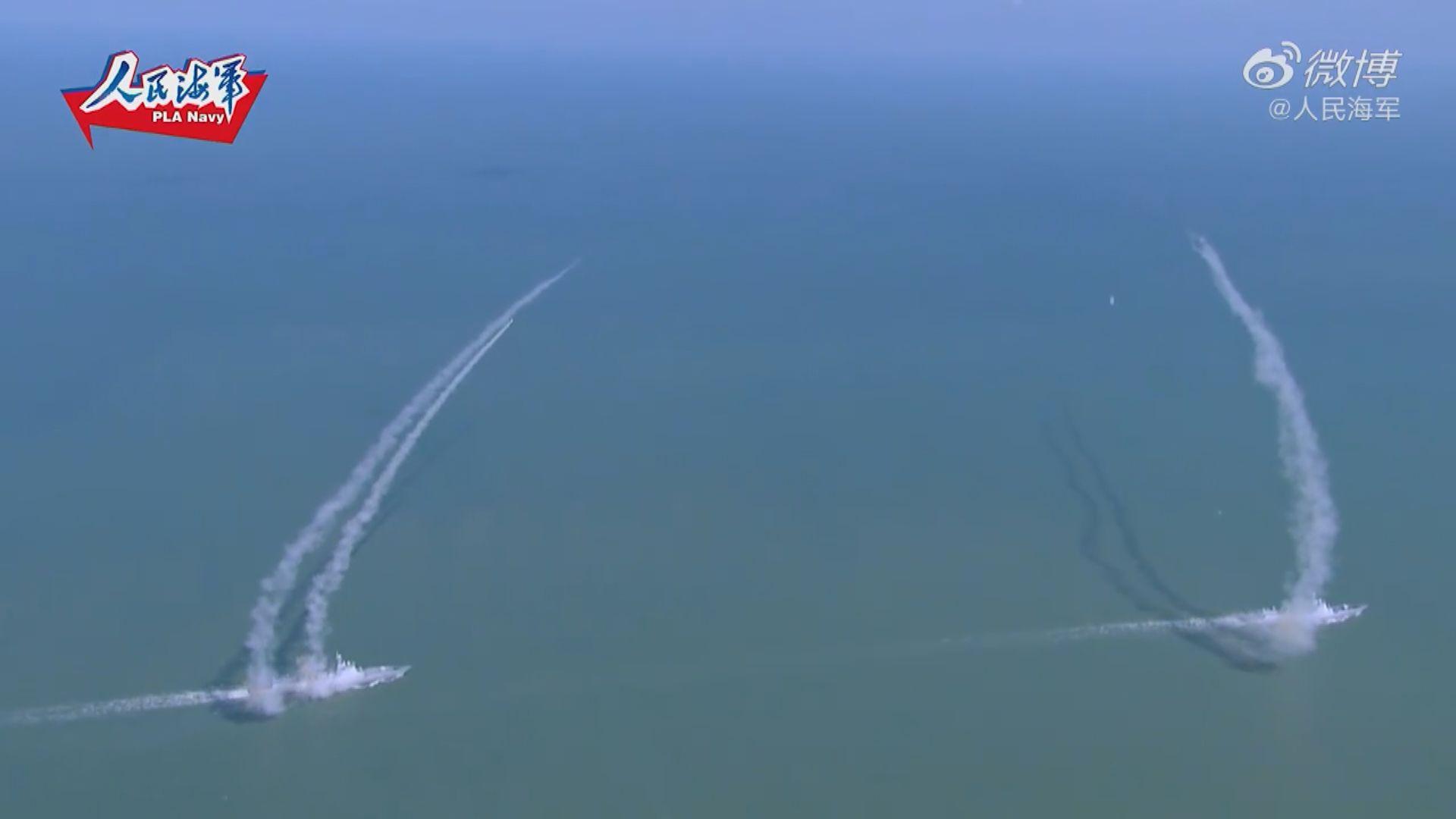 解放軍公開搶灘演習兩航母「同現」