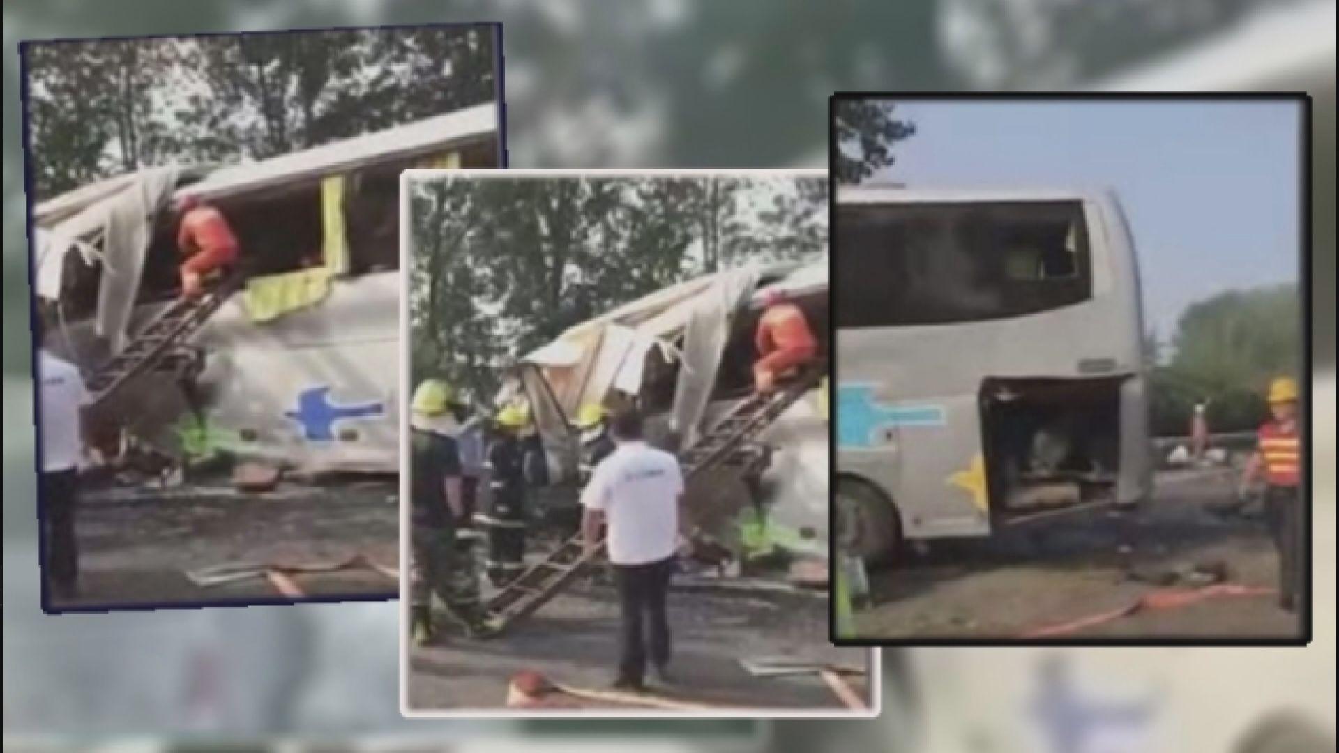 江蘇有旅遊巴和貨車相撞最少36人死