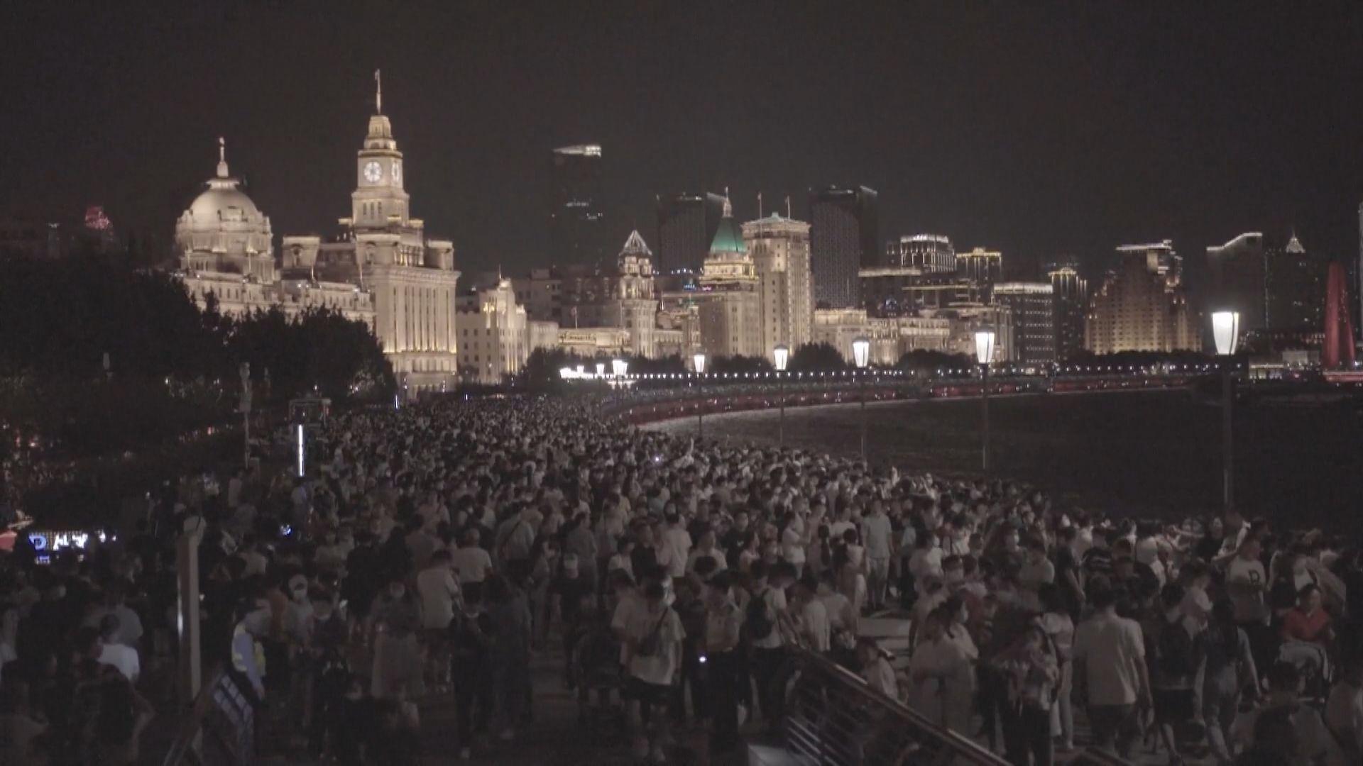 內地國慶假期景點人山人海 麗江古城一度暫停接待遊客