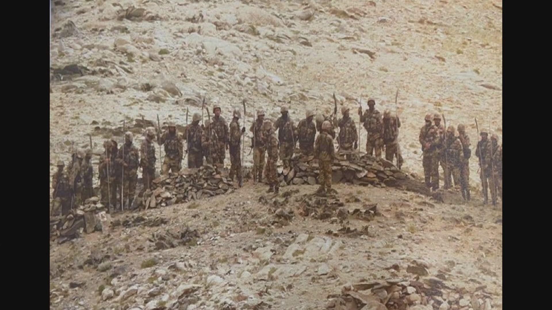 印媒稱中國解放軍於邊境持「關刀」逼近印軍