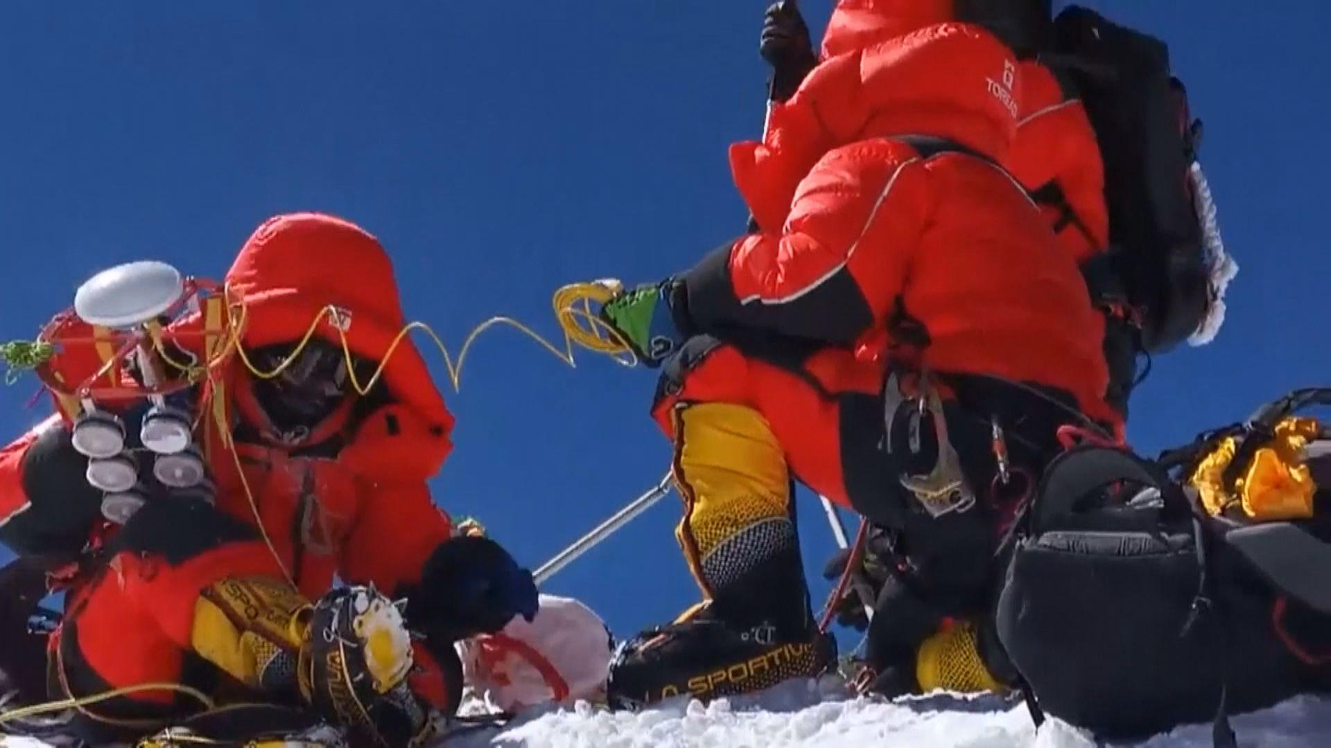 珠穆朗瑪峰最新雪面高度8848.86米