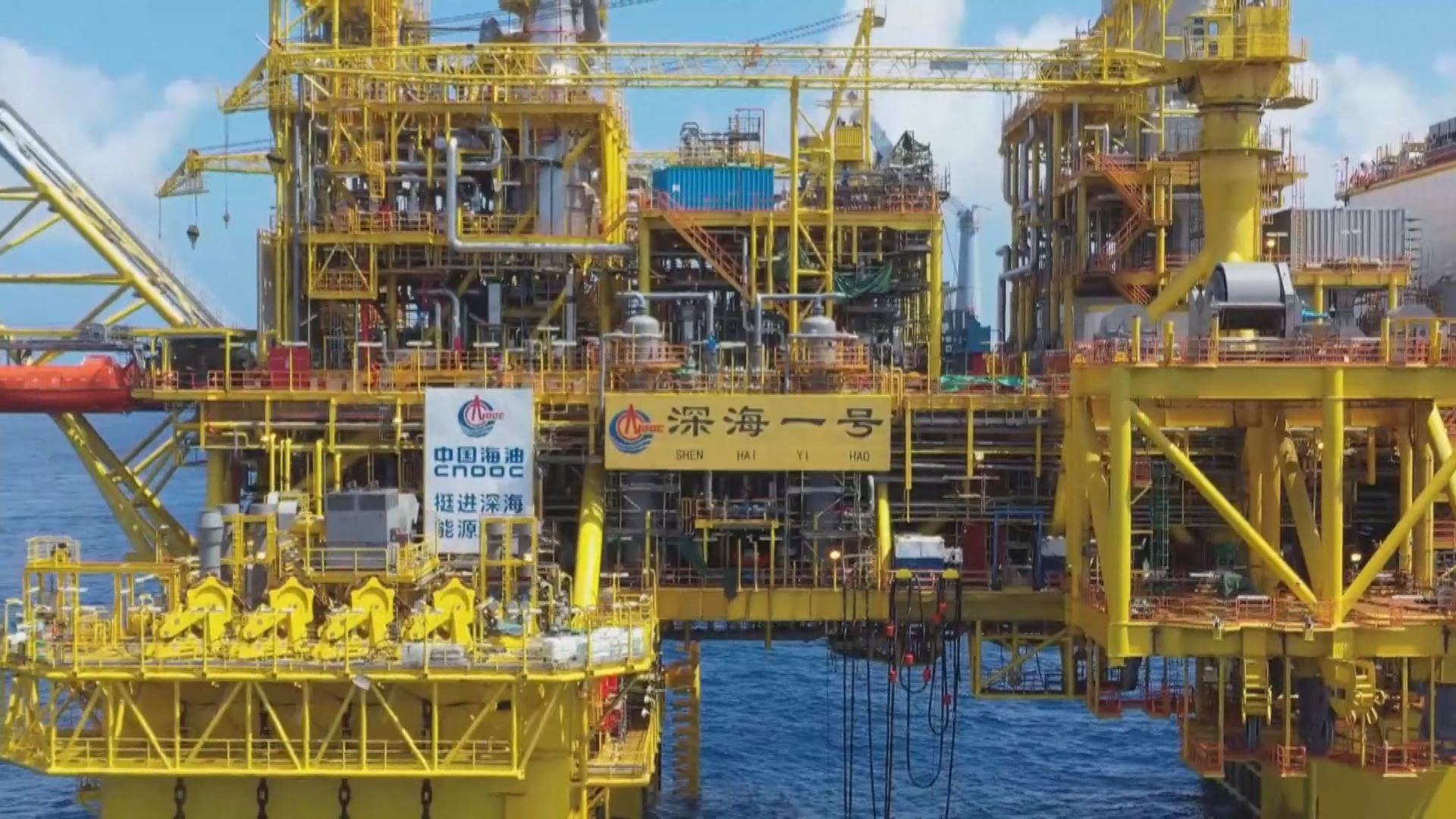 中國首個自主研發深海天然氣田深海一號正式投產
