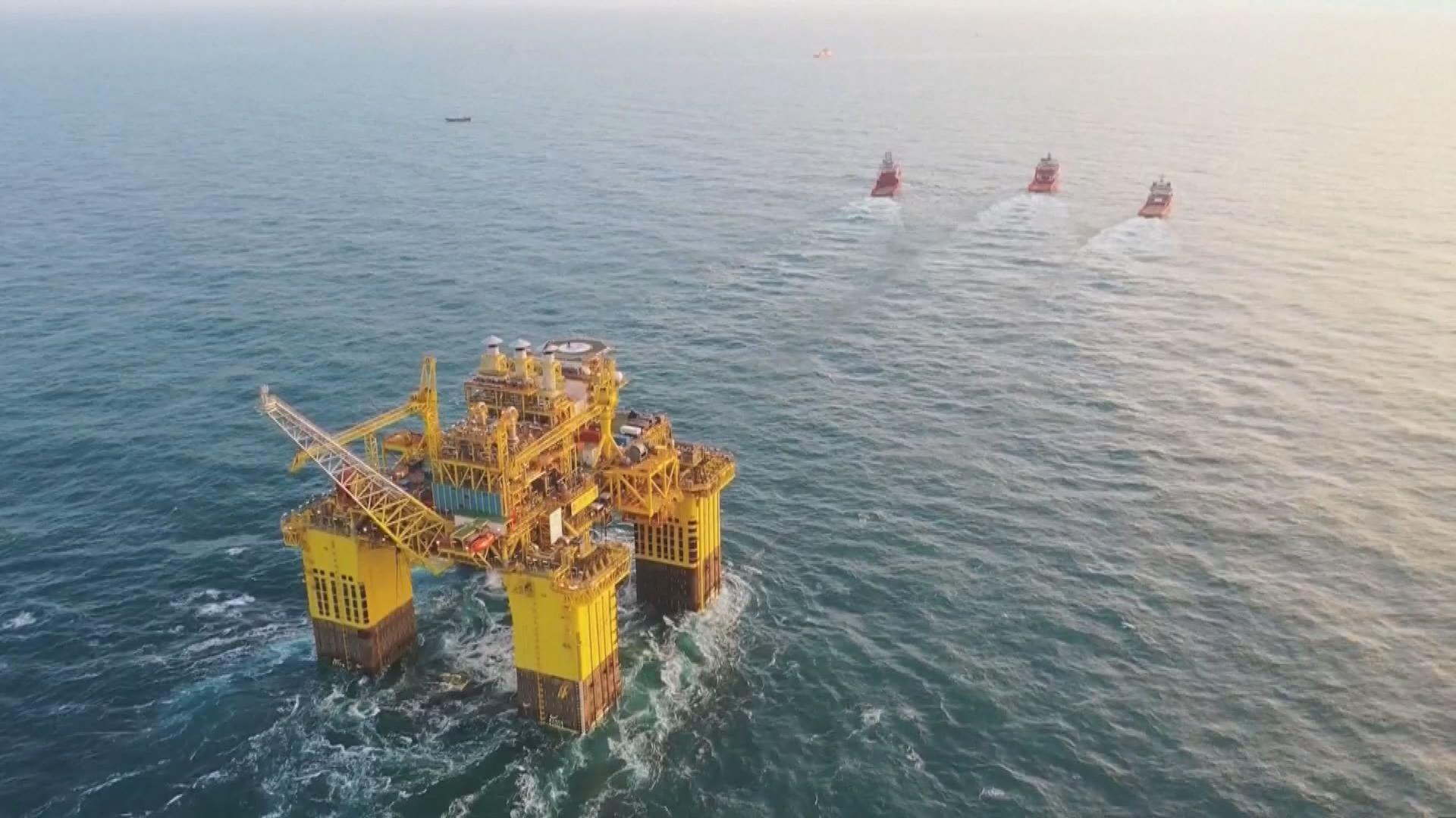 國產能源站「深海一號」抵陵水海域