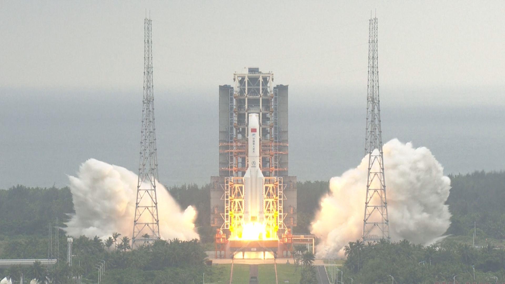習近平:建造太空站是實現中國載人航天工程「三步走」戰略重要目標