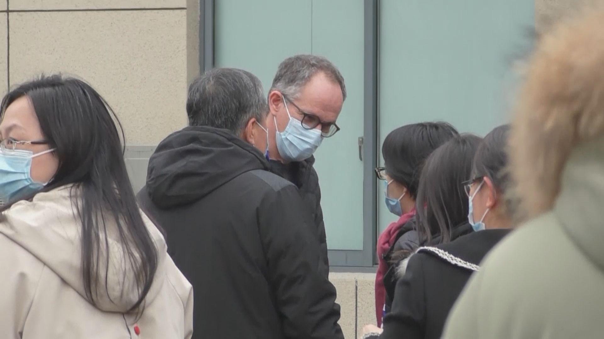 世衛專家組到訪武漢江欣苑社區中心