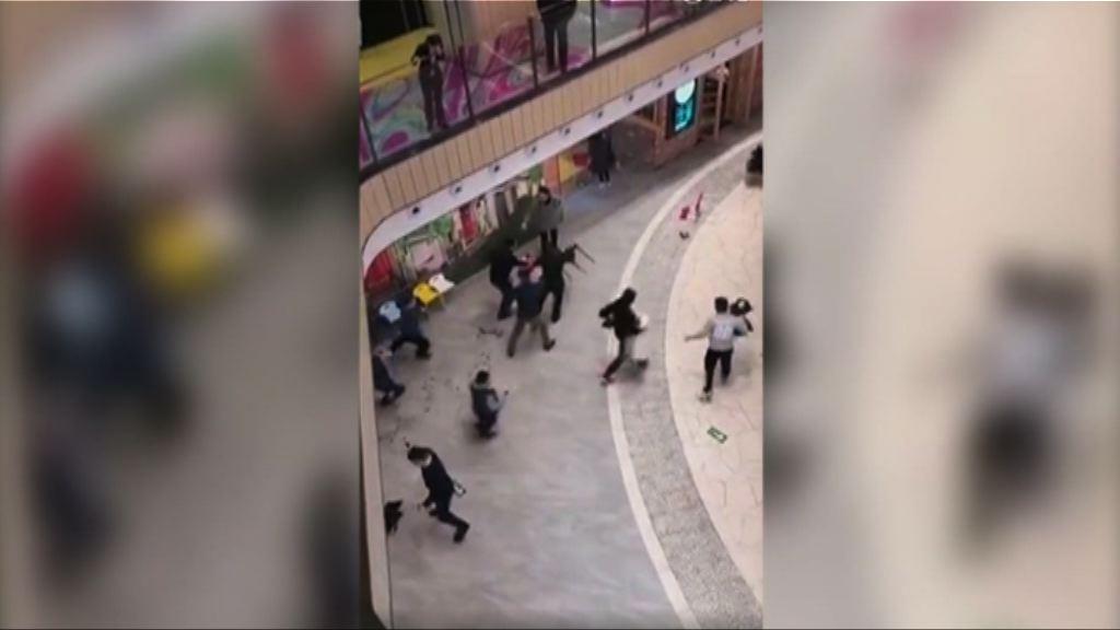 北京西城區商場有人持刀施襲