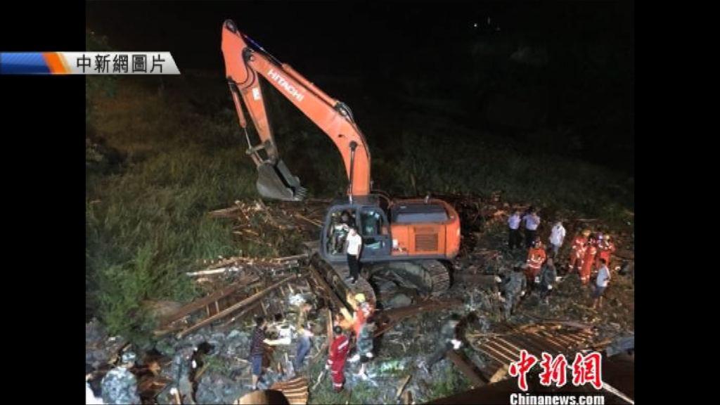 杭州有廊橋橋頂倒塌釀8死3傷