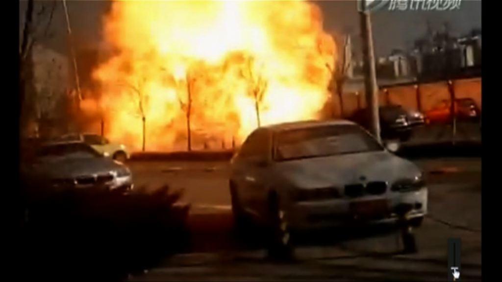 天津運載液化氣罐車爆炸一燒傷