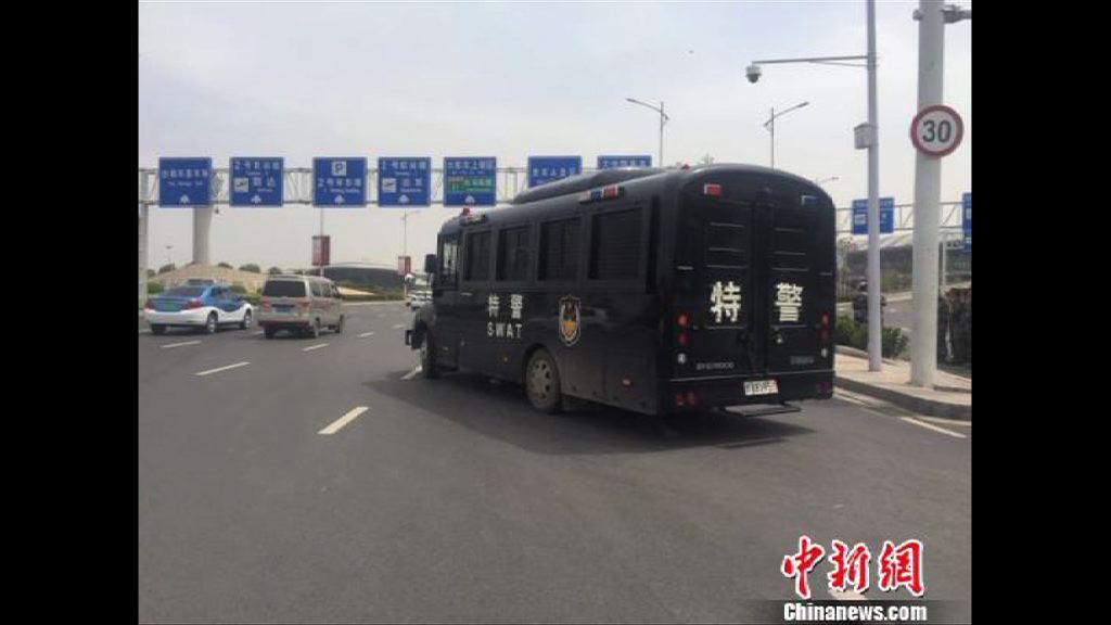 國航客機發生挾持事件迫降鄭州