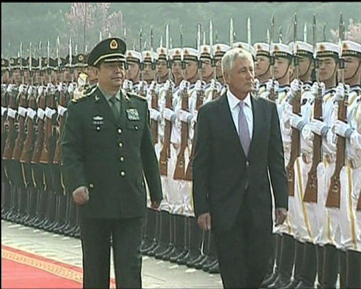 中美防長會談針鋒相對