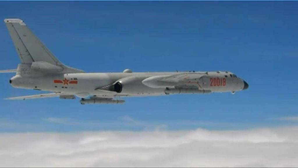 解放軍戰機雙向繞飛台灣巡航