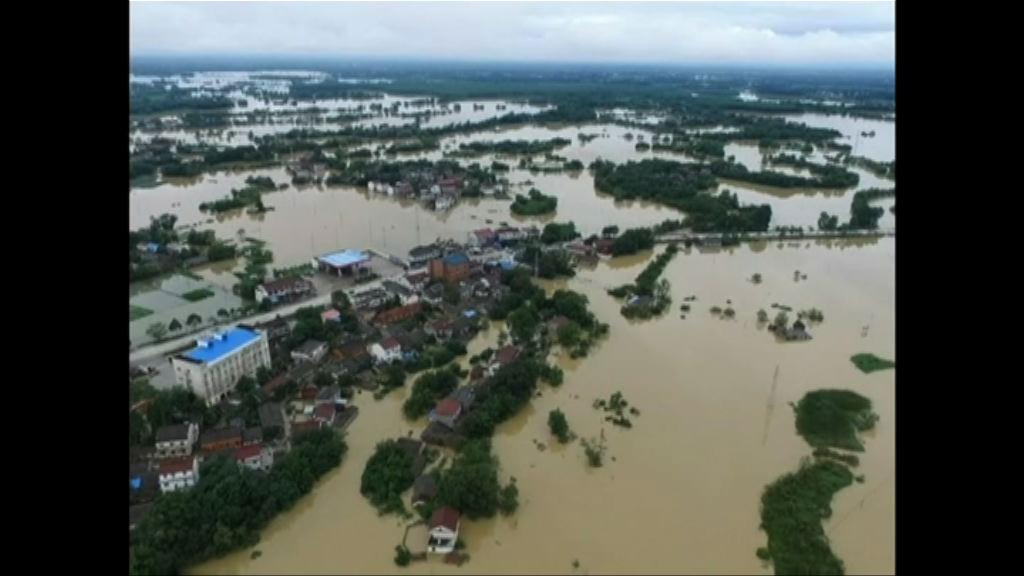 安徽多處缺堤 洪水淹村莊