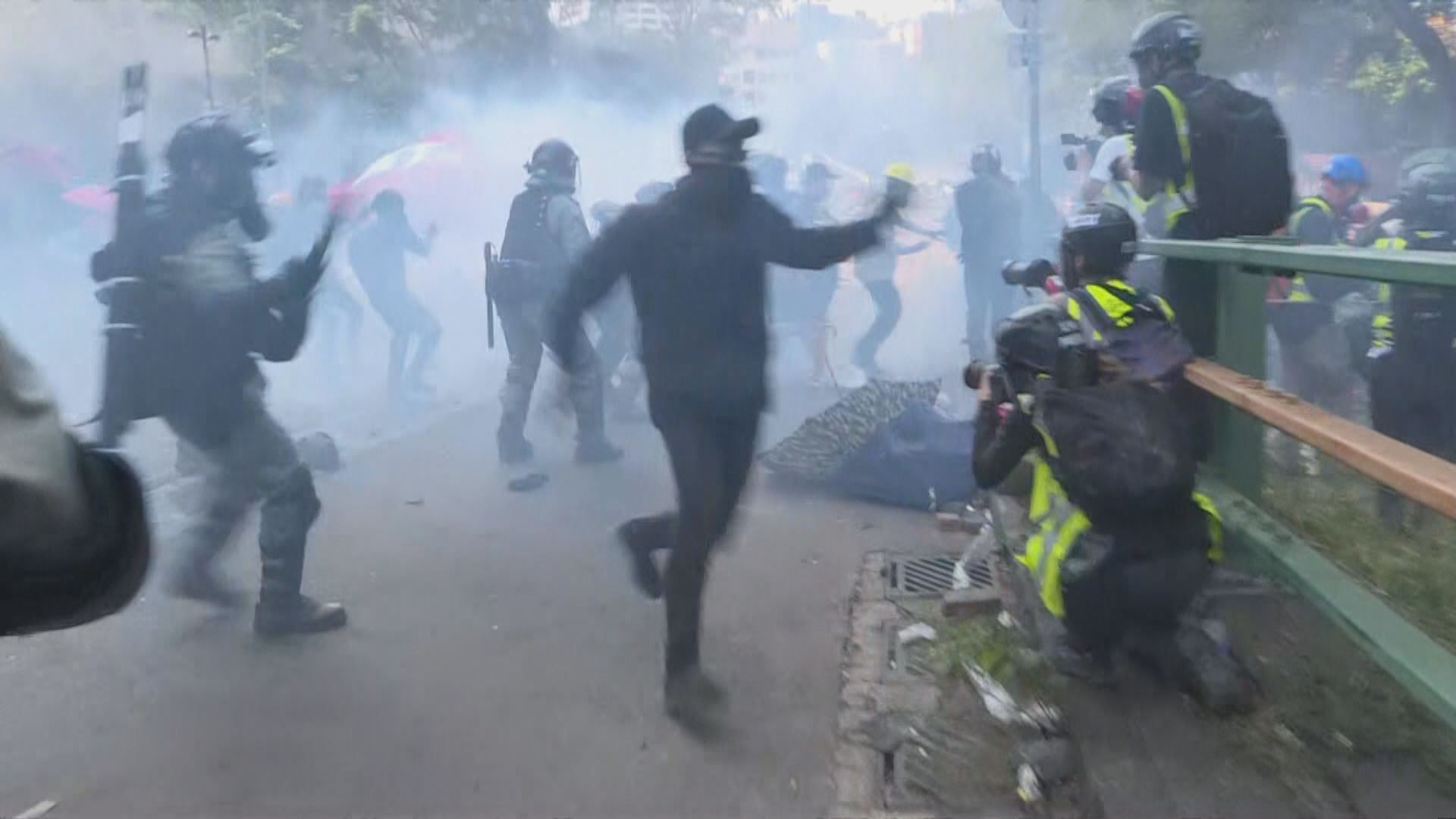 新華社批美國為香港亂局火上加油