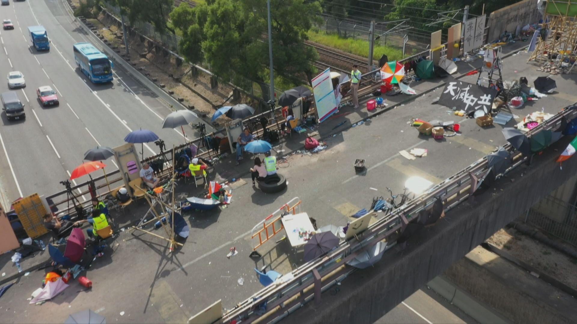 中大二號橋及崇基學院入口下周二重開