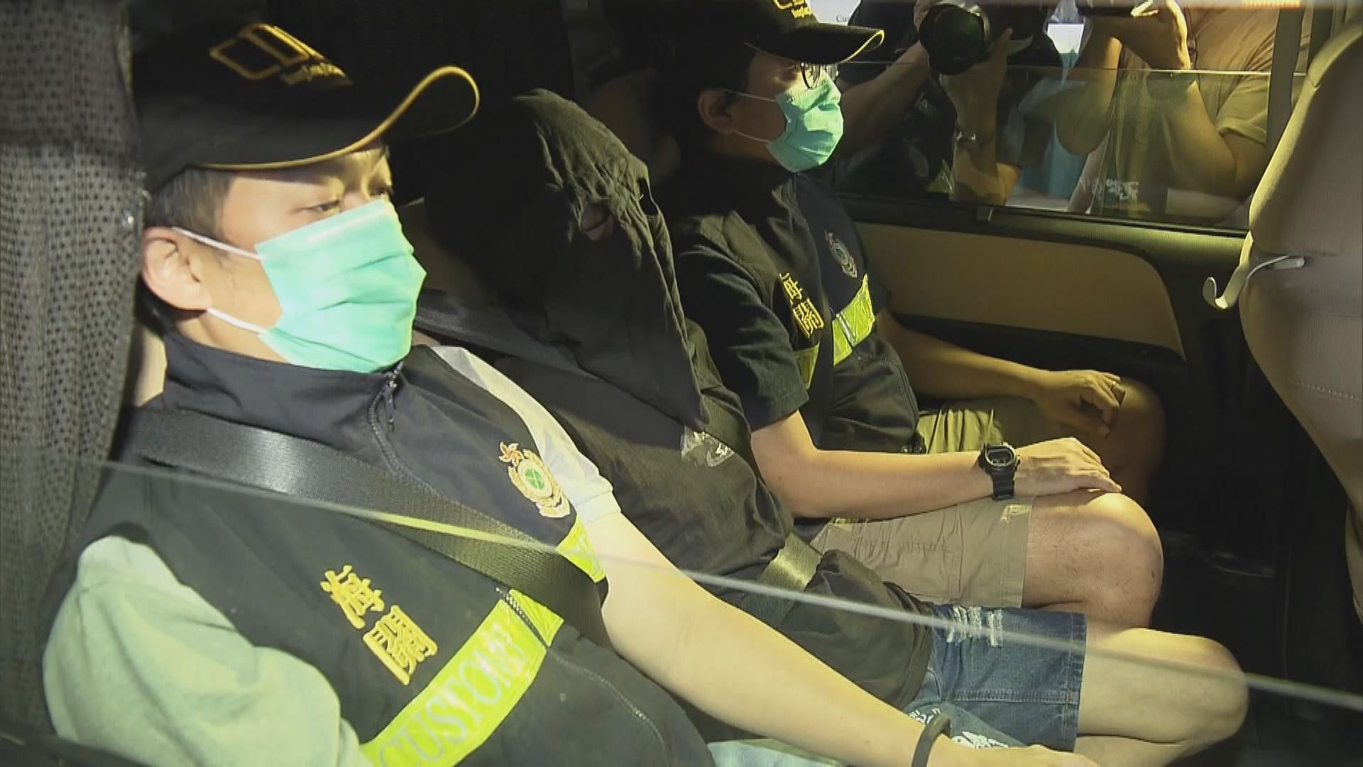 海關機場檢市值逾千萬元可卡因 拘捕一名男子