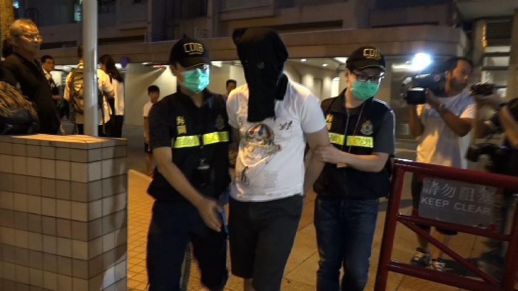 海關機場檢毒品郵件拘兩人