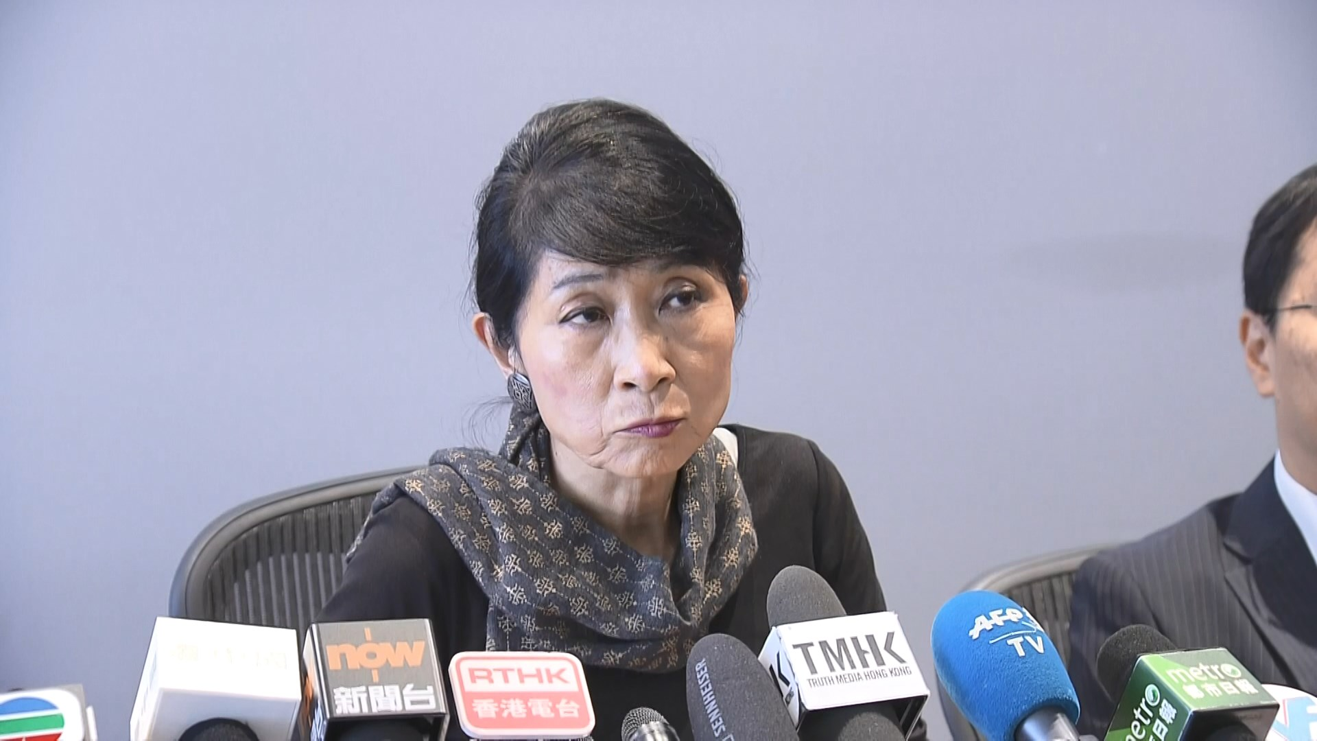 毛孟靜:推緊急法令特首如獨裁形同將港送進棺材
