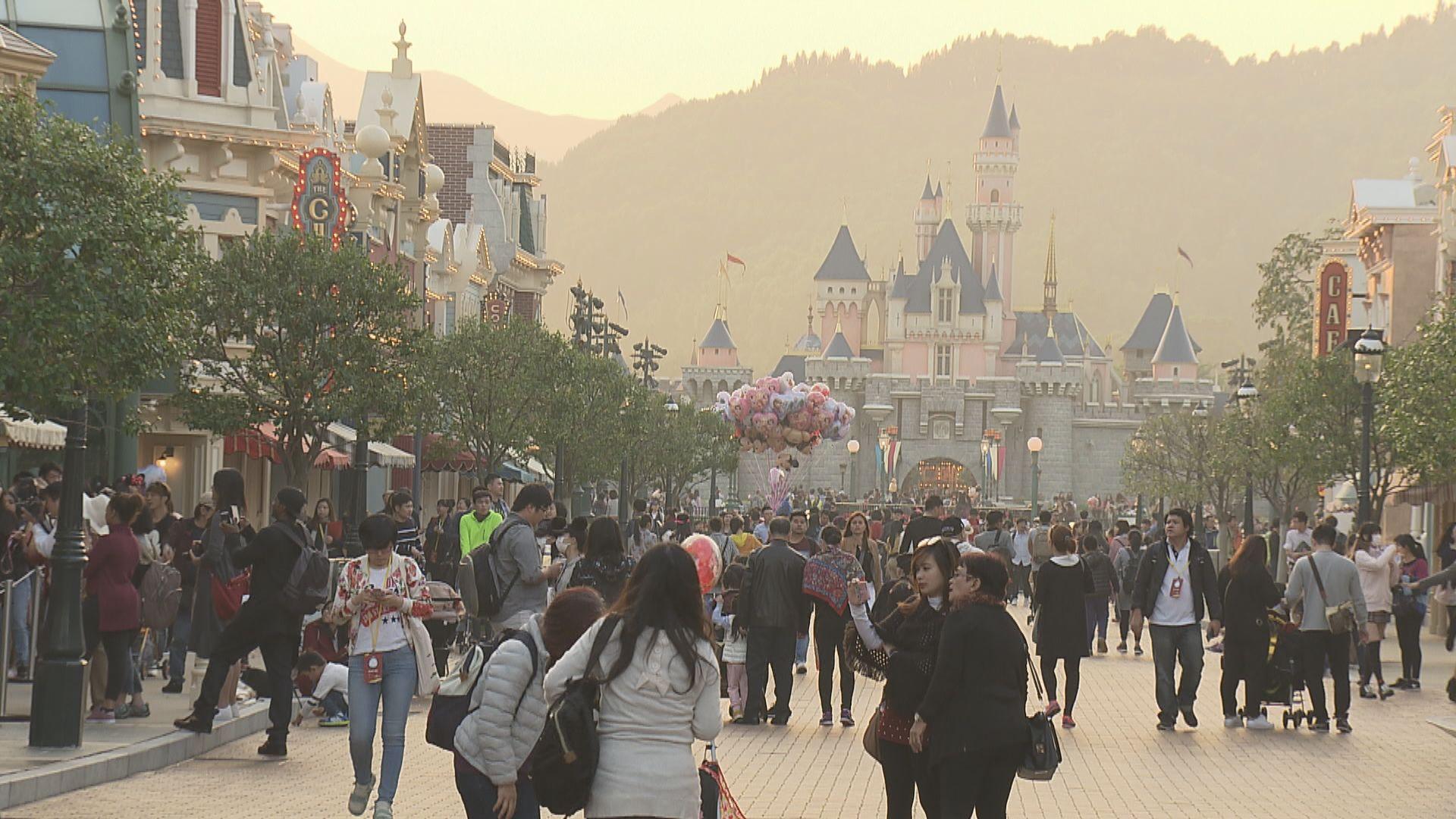 香港迪士尼樂園周四重開