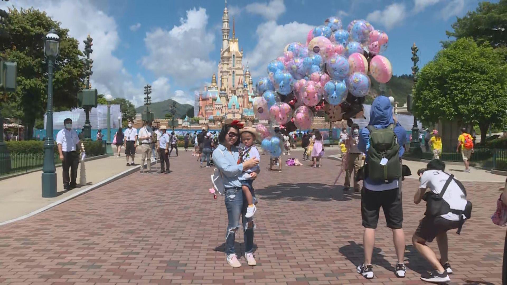 迪士尼重開採取多項防疫措施 限制園內遊樂設施人數