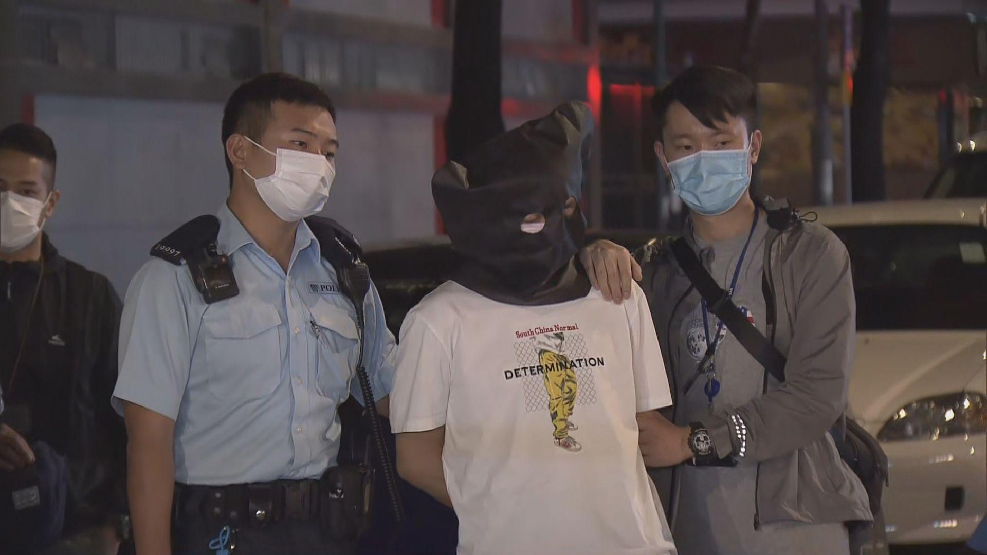警方旺角截私家車搜出毒品司機被捕