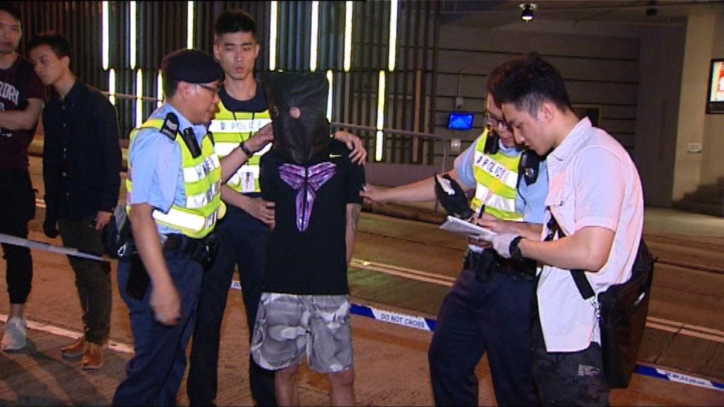 警方路障截私家車拘司機涉販毒