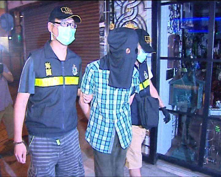 海關羅湖拘一漢檢40萬冰毒