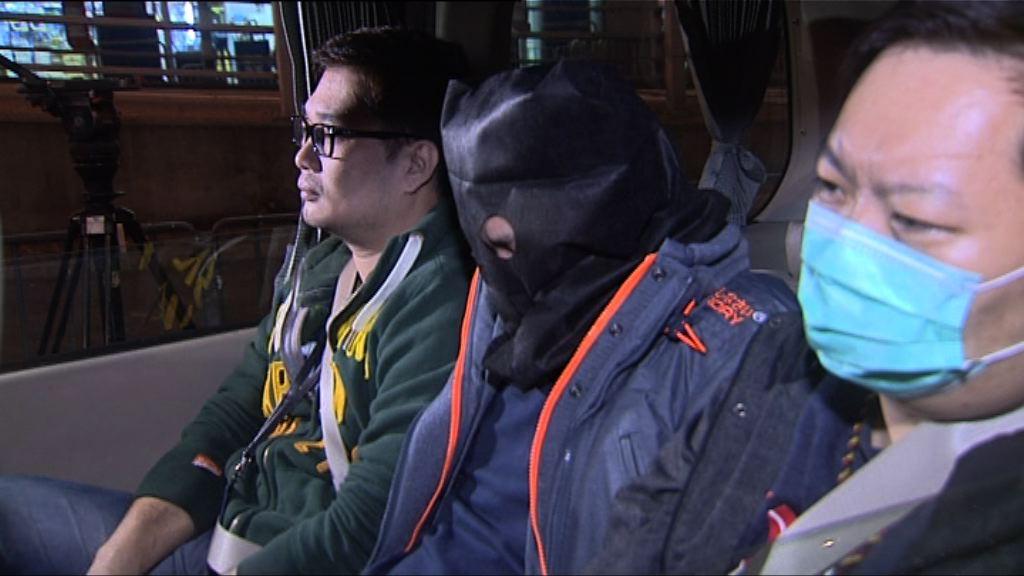 警方在旺角拘捕一男子涉嫌販毒