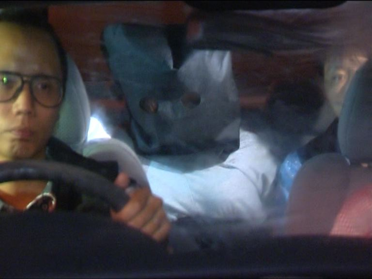 警方拘一女子檢130萬元毒品