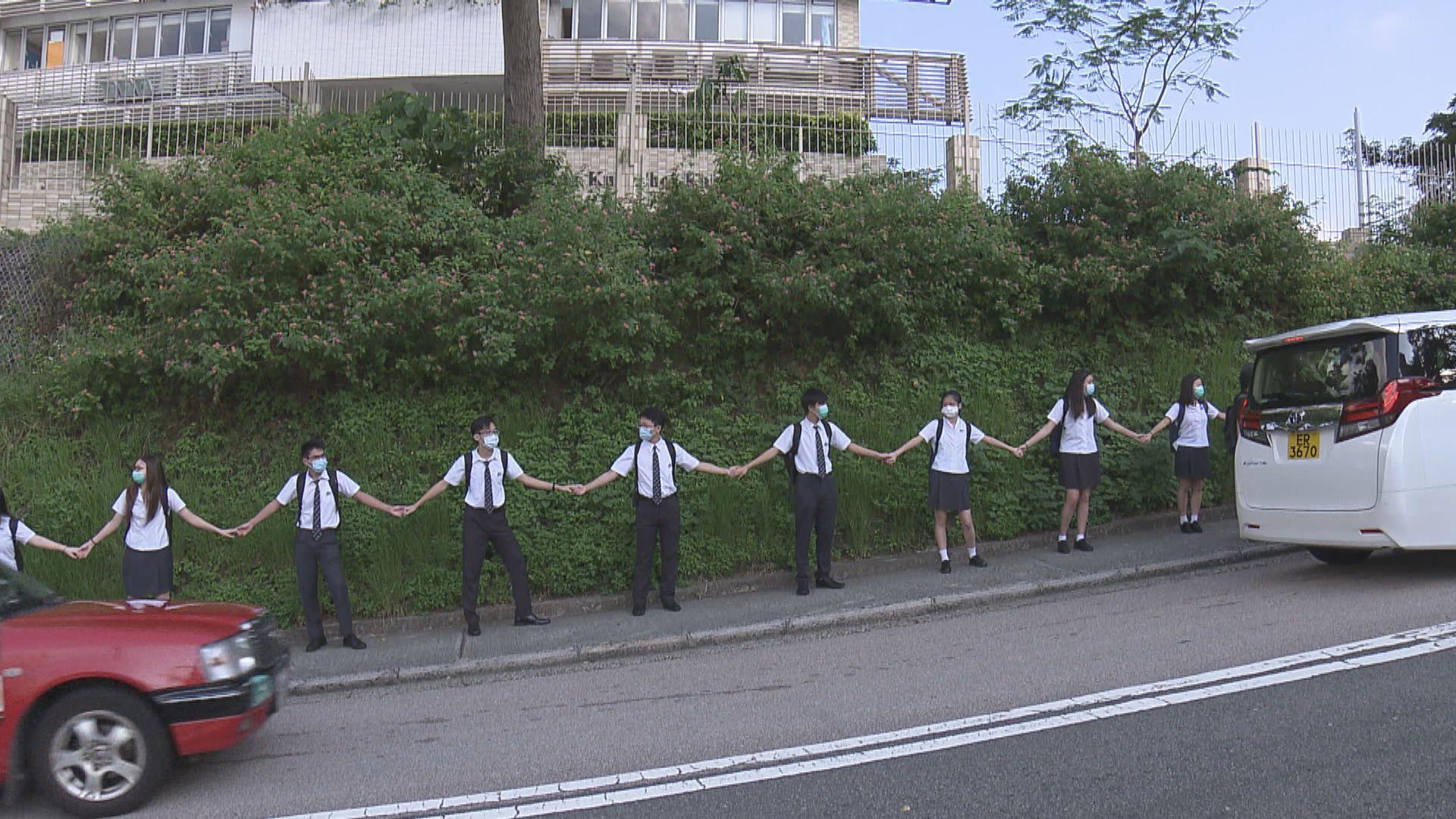教育局:《願榮光歸香港》與違法事件有關校園應禁播