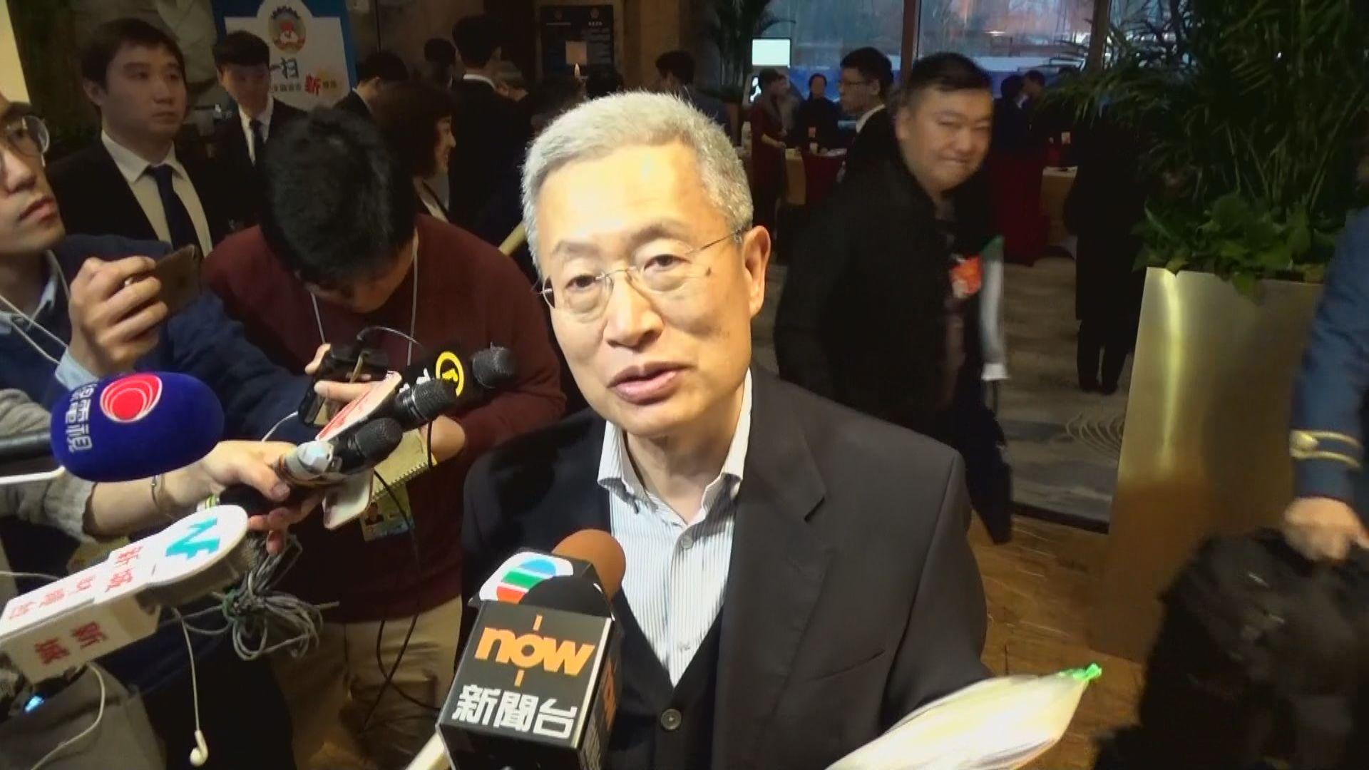 劉炳章:涉事學生像「黑社會」