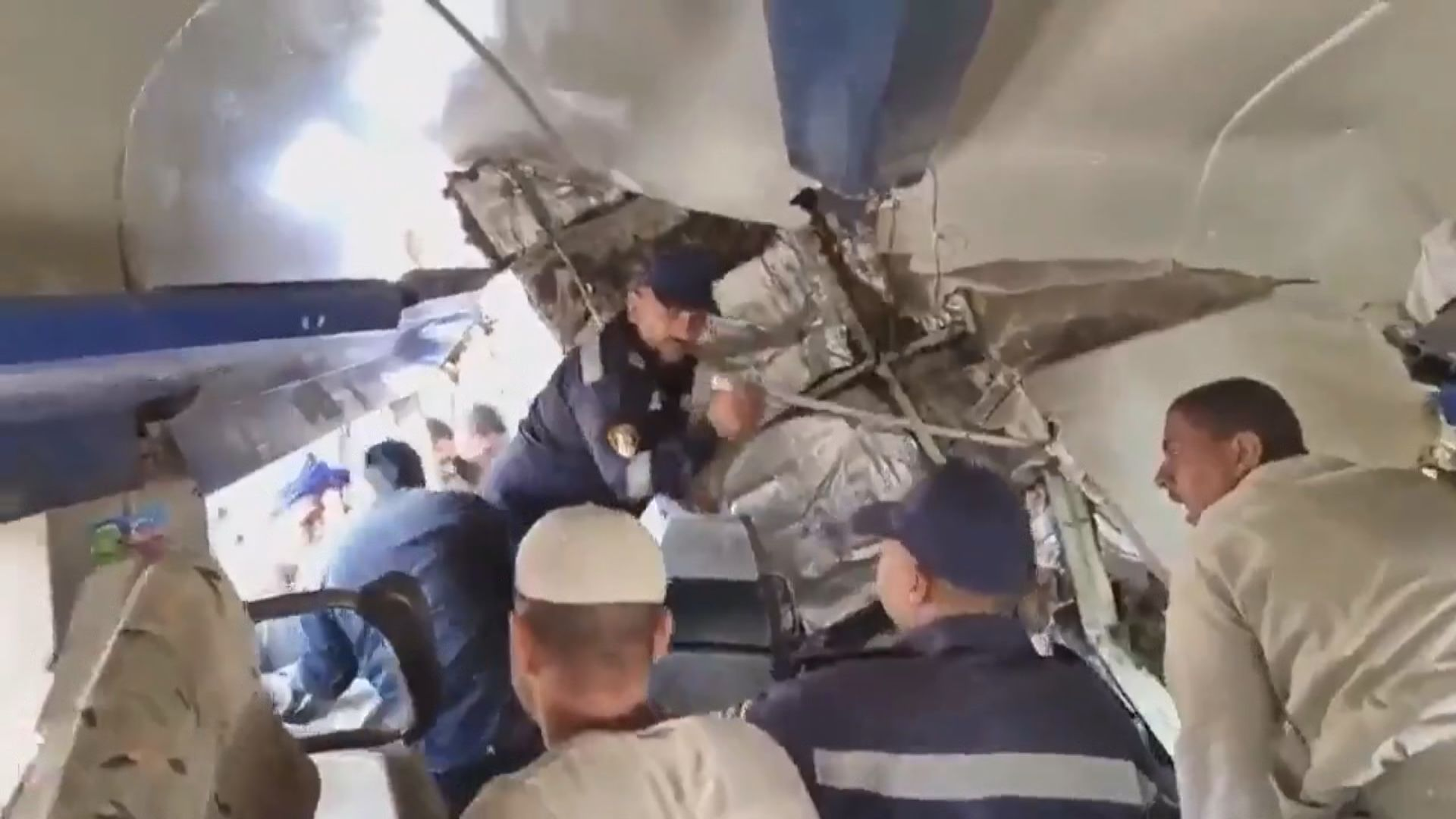 埃及火車相撞釀過百死傷 當局成立委員會調查起因